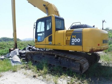 Komatsu PC200LC-8 , Serial No : 306914 , Year : 2007 , Hours : 4352 , HAKATA Port