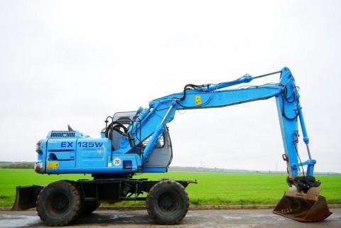 2002 HITACHI EX135W